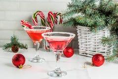 Ρόδινο peppermint martini Χριστουγέννων στοκ εικόνα