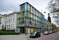 Ρότερνταμ, Κάτω Χώρες - 9 Μαΐου 2015: Οι άνθρωποι επισκέπτονται Museum Boijmans Van Beuningen στο Ρότερνταμ Στοκ φωτογραφία με δικαίωμα ελεύθερης χρήσης