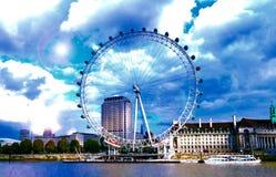 Ρόδα χιλιετίας ματιών του Λονδίνου Στοκ φωτογραφία με δικαίωμα ελεύθερης χρήσης