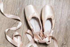ρόδινα παπούτσια μπαλέτου Στοκ Φωτογραφία