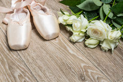 ρόδινα παπούτσια μπαλέτου Στοκ Εικόνες