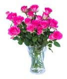 Ρόδινα τριαντάφυλλα στο βάζο στοκ εικόνες