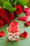 Ρόδινα cupcakes Στοκ εικόνες με δικαίωμα ελεύθερης χρήσης