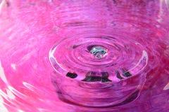Ρόδινη αντανάκλαση νερού Στοκ φωτογραφία με δικαίωμα ελεύθερης χρήσης
