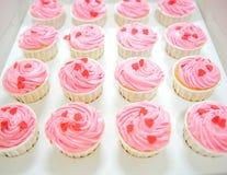 Ρόδινη βανίλια Cupcakes Ι Στοκ εικόνες με δικαίωμα ελεύθερης χρήσης