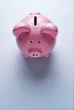 Ρόδινη κεραμική piggy τράπεζα Στοκ Φωτογραφία