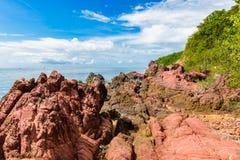 Ρόδινη πέτρα Arkose, ψαμμίτης Arkosic κοντά στην παραλία, ρόδινο sto Στοκ εικόνα με δικαίωμα ελεύθερης χρήσης
