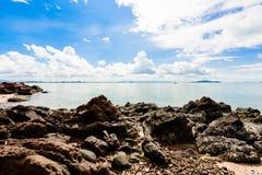 Ρόδινη πέτρα Arkose, ψαμμίτης Arkosic κοντά στην παραλία, ρόδινο sto Στοκ Φωτογραφία