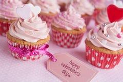 Ρόδινος βαλεντίνος cupcakes Στοκ φωτογραφίες με δικαίωμα ελεύθερης χρήσης