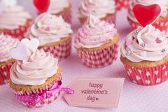 Ρόδινος βαλεντίνος cupcakes Στοκ Φωτογραφία