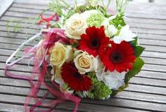 ρόδινος ρομαντικός γάμος λουλουδιών κομψότητας διακοσμήσεων ανασκόπησης Στοκ Φωτογραφία