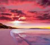Ρόδινο ηλιοβασίλεμα στην παραλία Mugoni Στοκ Εικόνα