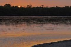 Ρόδινο ηλιοβασίλεμα στο καταφύγιο άγριας πανίδας Ding αγάπη μου Στοκ εικόνα με δικαίωμα ελεύθερης χρήσης