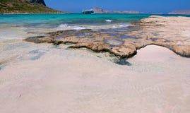 Ρόδινο νησί Balos άμμου. Στοκ Φωτογραφίες
