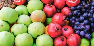 Ρόδι Apple και ανανάς Στοκ εικόνες με δικαίωμα ελεύθερης χρήσης