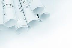Ρόλοι των αρχιτεκτονικών σχεδιαγραμμάτων και των σχεδίων για τον άσπρο εργασιακό χώρο β Στοκ Εικόνα