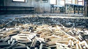 Ρόλοι χαρτονιού σε ένα εργοστάσιο Στοκ φωτογραφίες με δικαίωμα ελεύθερης χρήσης