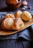 Ρόλοι ψωμιού σκόρδου Στοκ φωτογραφία με δικαίωμα ελεύθερης χρήσης