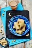 Ρόλος φυστικιών των δυτικών ανακαρδίων Ρόλος pista Kaju Ινδικά γλυκά στοκ φωτογραφία με δικαίωμα ελεύθερης χρήσης