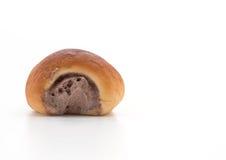ρόλος ψωμιού με την κρέμα Στοκ Εικόνα