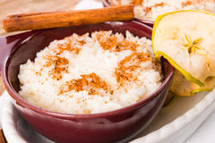 Ρύζι γάλακτος με την κανέλα Στοκ Εικόνα