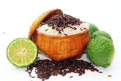 Ρύζι και μούρο ρυζιού Στοκ εικόνες με δικαίωμα ελεύθερης χρήσης