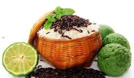 Ρύζι και μούρο ρυζιού Στοκ φωτογραφία με δικαίωμα ελεύθερης χρήσης