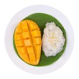 ρύζι μάγκο κολλώδες Ταϊλανδικό επιδόρπιο ύφους, μάγκο με το κολλώδες ρύζι Στοκ εικόνες με δικαίωμα ελεύθερης χρήσης
