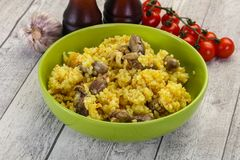 Ρύζι με τις καρδιές κοτόπουλου στοκ εικόνα με δικαίωμα ελεύθερης χρήσης