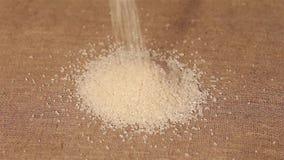 Ρύζι που ανατρέπει burlap συγκομιδή φιλμ μικρού μήκους