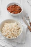 Ρύζι που μαγειρεύεται στο απόθεμα κοτόπουλου Στοκ Φωτογραφία
