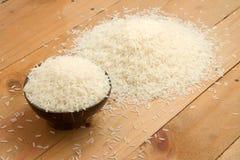 Ρύζι της Jasmine σε ένα κύπελλο Στοκ φωτογραφία με δικαίωμα ελεύθερης χρήσης