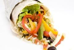 Ρύζι burrito κοτόπουλου και μεξικάνικα τρόφιμα φασολιών Στοκ φωτογραφίες με δικαίωμα ελεύθερης χρήσης