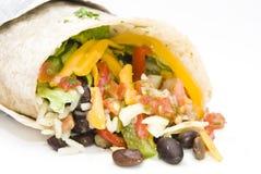 Ρύζι burrito κοτόπουλου και μεξικάνικα τρόφιμα φασολιών Στοκ Εικόνα