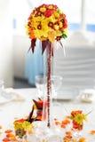 Ρύθμιση ανθοδεσμών λουλουδιών για τη διακόσμηση Στοκ φωτογραφία με δικαίωμα ελεύθερης χρήσης