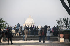 Ρώμη: Βασιλική του ST Peter ` s από το nigt Στοκ Φωτογραφία