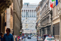 Ρώμη, ΙΤΑΛΙΑ - 1 Ιουνίου: Πλατεία Venezia και Victor Emmanuel ΙΙ μνημείο στη Ρώμη, Ιταλία την 1η Ιουνίου 2016 Στοκ φωτογραφίες με δικαίωμα ελεύθερης χρήσης