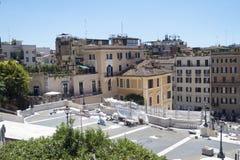 Ρώμη Ιταλία στις 17 Ιουνίου 2016 Αποθηκευμένος εξοπλισμός που χρησιμοποιείται για την ισπανική αποκατάσταση βημάτων Στοκ Εικόνες