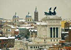 Ρώμη κάτω από το πανόραμα χιονιού Στοκ φωτογραφία με δικαίωμα ελεύθερης χρήσης