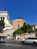 Σάντα Μαρία σε Ara Coeli, Ρώμη, Ιταλία Πρόσοψη της βασιλικής με τη μνημειακή σκάλα Στοκ Εικόνες