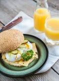 Σάντουιτς με τα λαθραία αυγά Στοκ Εικόνα