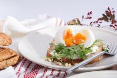 Σάντουιτς με τα αυγά στοκ φωτογραφίες