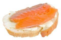 Σάντουιτς με τα κόκκινα ψάρια Στοκ φωτογραφίες με δικαίωμα ελεύθερης χρήσης
