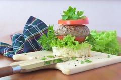 Σάντουιτς με το κρέας Στοκ φωτογραφία με δικαίωμα ελεύθερης χρήσης