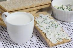 Σάντουιτς με το τυρί εξοχικών σπιτιών Στοκ εικόνα με δικαίωμα ελεύθερης χρήσης