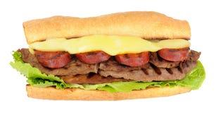 Σάντουιτς μπριζόλας και Chorizo Στοκ εικόνα με δικαίωμα ελεύθερης χρήσης