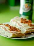 σάντουιτς πιάτων στοκ εικόνα με δικαίωμα ελεύθερης χρήσης