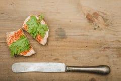 Σάντουιτς που τυλίγεται στο έγγραφο Στοκ Εικόνες