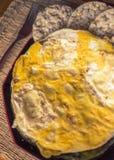 Σάντουιτς ρυζιού με την ομελέτα αυγών Στοκ Εικόνες