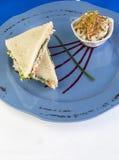 Σάντουιτς σαλάτας κοτόπουλου Στοκ εικόνα με δικαίωμα ελεύθερης χρήσης